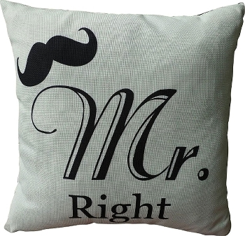 "cushion with filling ""Mr. Right"""