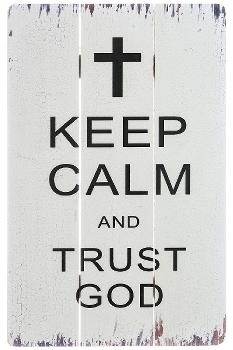 "wooden plate ""Trust God"""