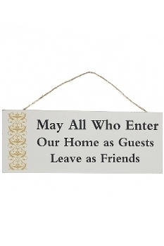 "wooden plate ""Enter as guest leave as friend"""