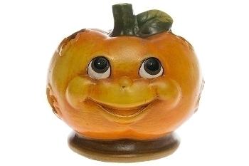 pumpkin windlight with comic face,