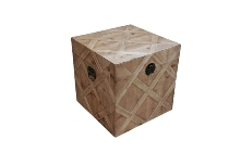 "wooden chest ""Colonial"""
