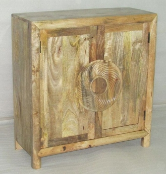 WOODEN 2 DOORS SIDE BOARD W/CARVED ROUND HANDLE